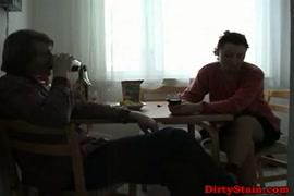 Video x gratuit avec ado et la bite de leur chien